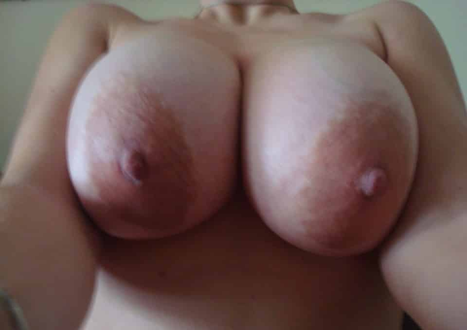 Nude female with large areola can recommend