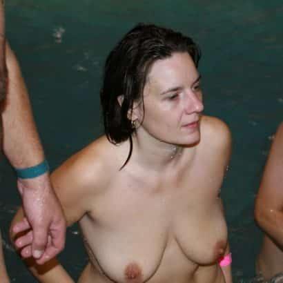 Natural Breasts swimming