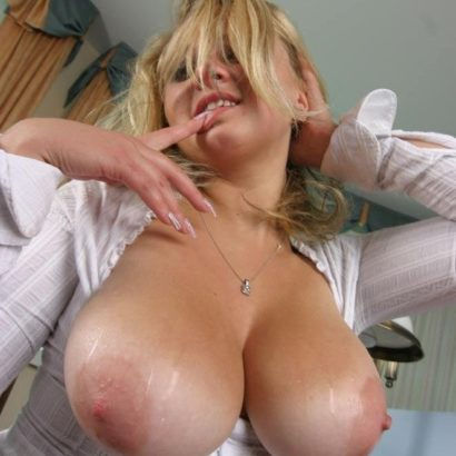 Showing her Large areolas