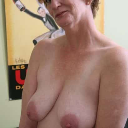 Gilf big floppy boobs