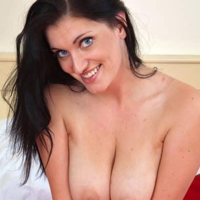 Bitch with big boobies