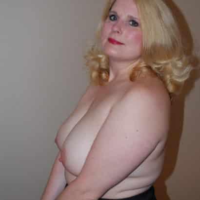 blonde big boobies