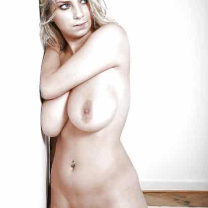 Amateur Bitch Big breast pictures