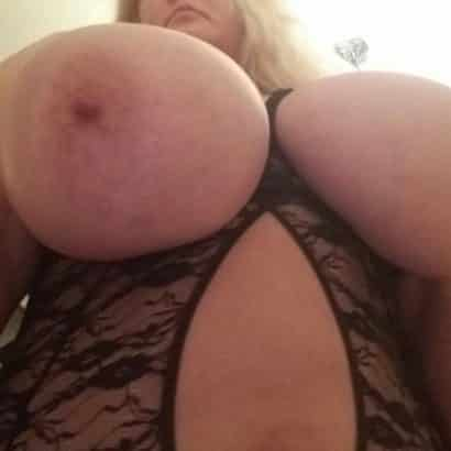 blonde with big areolas