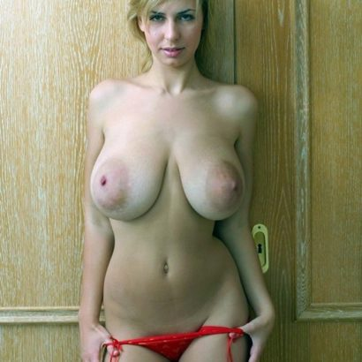 Blonde Cutie hanging tits