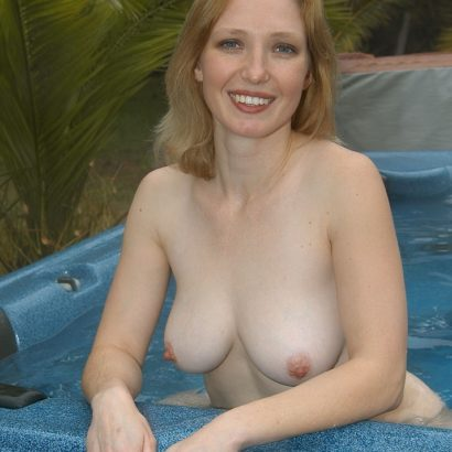 Boobs Pics in whirlpool