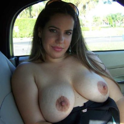 Teen Boobs in her Car