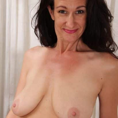 dark haired saggy mature