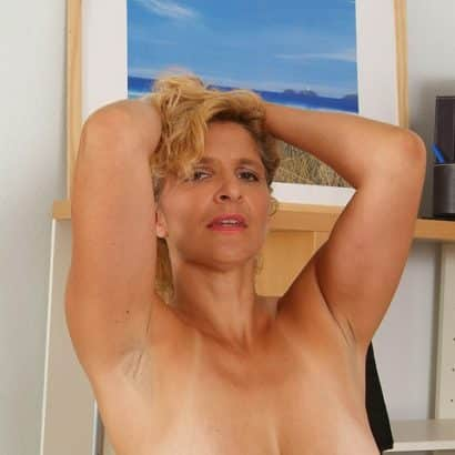 saggy mature Milf