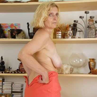 saggy mature pic
